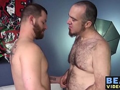 Kinky bears Phil Mehup and Buster Nastee get it