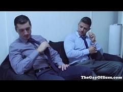 Muscular hunk eats and fucks ass